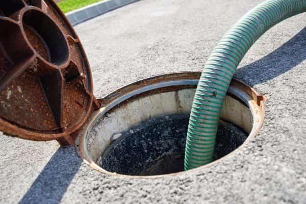 pogotowie kanalizacyjne chwaszczyno udrażnianie rur i kanalizacji
